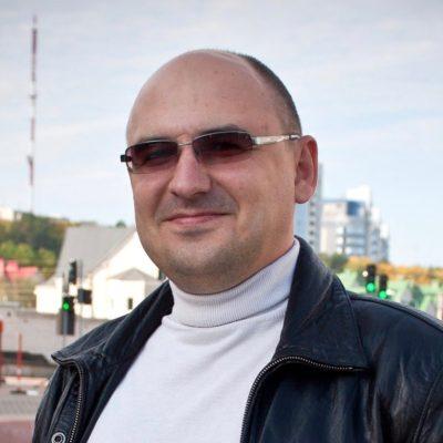 Иван Новиков
